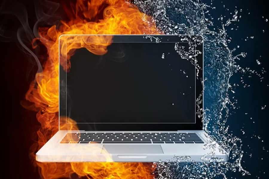 Греется ноутбук.