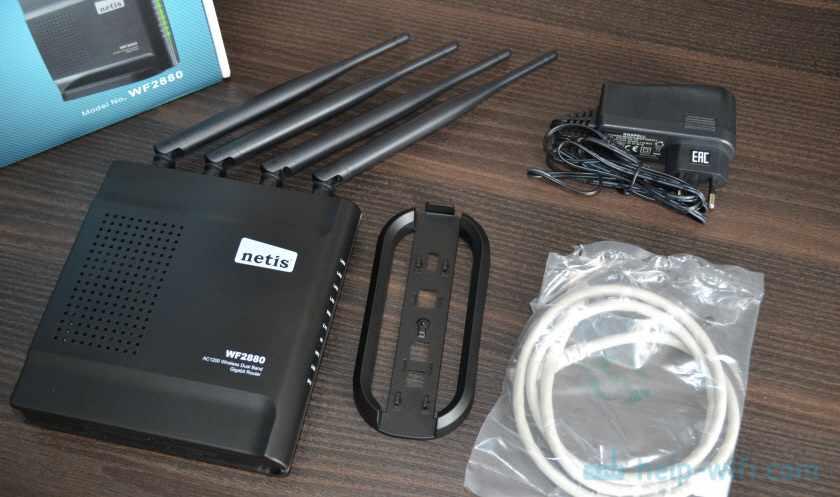 Комплектация роутера Netis WF2880